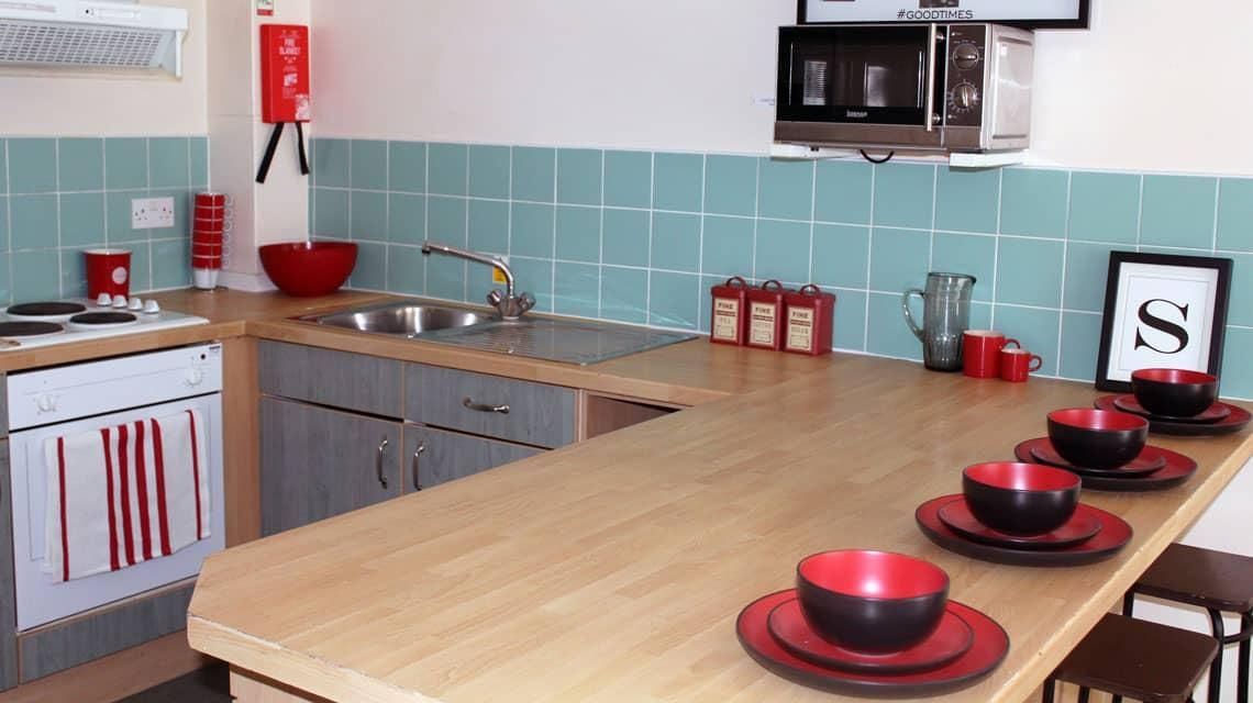 example shared kitchen at Oak and Willows