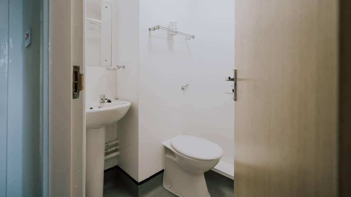 Example en-suite bathroom at Tramways, Salford.
