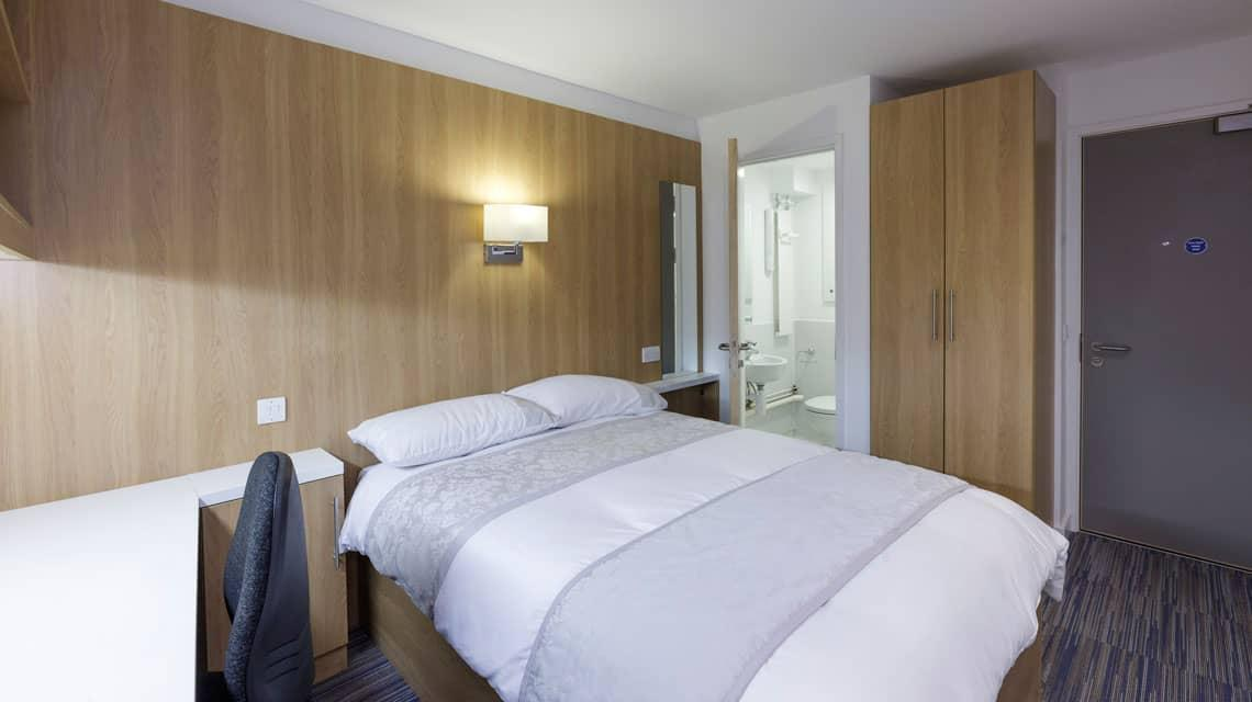typical double en-suite bedroom at Treliske